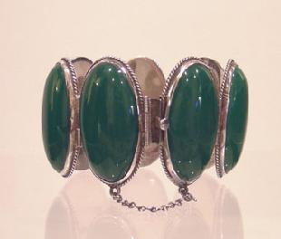 Vintage Mexican Silver and Jade Bracelet Closed