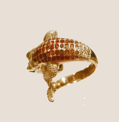 18k YG Enamel Crocodile Ring - Rear View