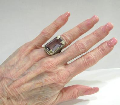 Art Nouveau 18K White and Yellow Gold  Amethyst 'Belais' Ring - Hand View