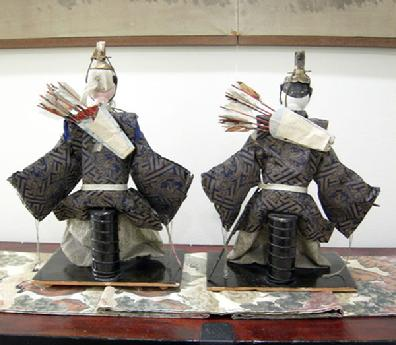 Antique Japanese Zuijin Dolls (Sa-daijin and U-daijin) Ministers of the Left and Right - Reverse View