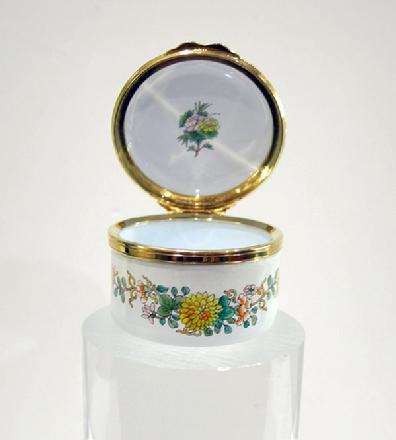Vintage Staffordshire Enamel Asian Inspired Floral Trinket Box - Original Box and Documentation - Open View