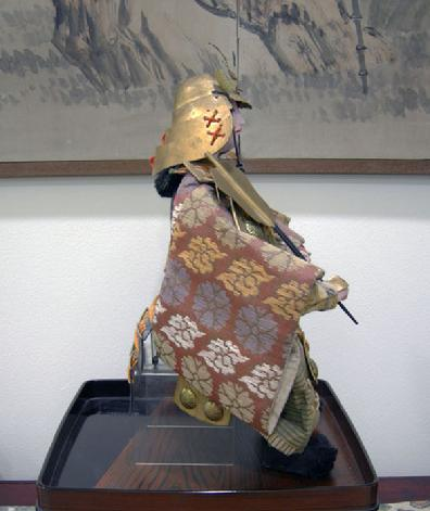 Large Antique Japanese Musha-e Ningyo (Warrior) Doll for the Boys' Day Festival - Minamoto no Yoshitune - Right Side View