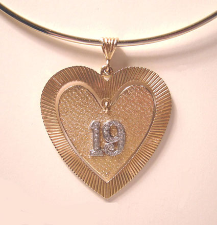 Fabulous Large 18K YG/ Diamond Double Heart Pendant/Charm -  The number '19' in diamonds  - 1960's