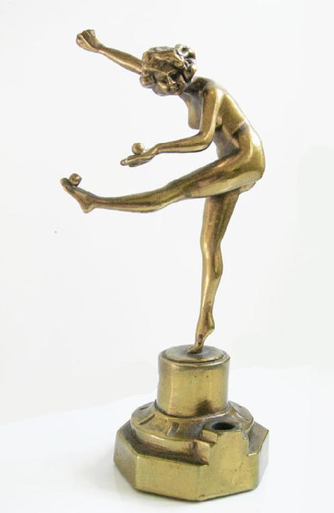 Art Deco 1920's Bronze Clad Nude Figure of 'The Juggler', after Claire Jeanne Roberte Colinet