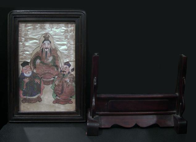 Fine Antique Chinese Paper and Silk Painting in a Two-Part Rosewood Frame - View of the Two Pieces